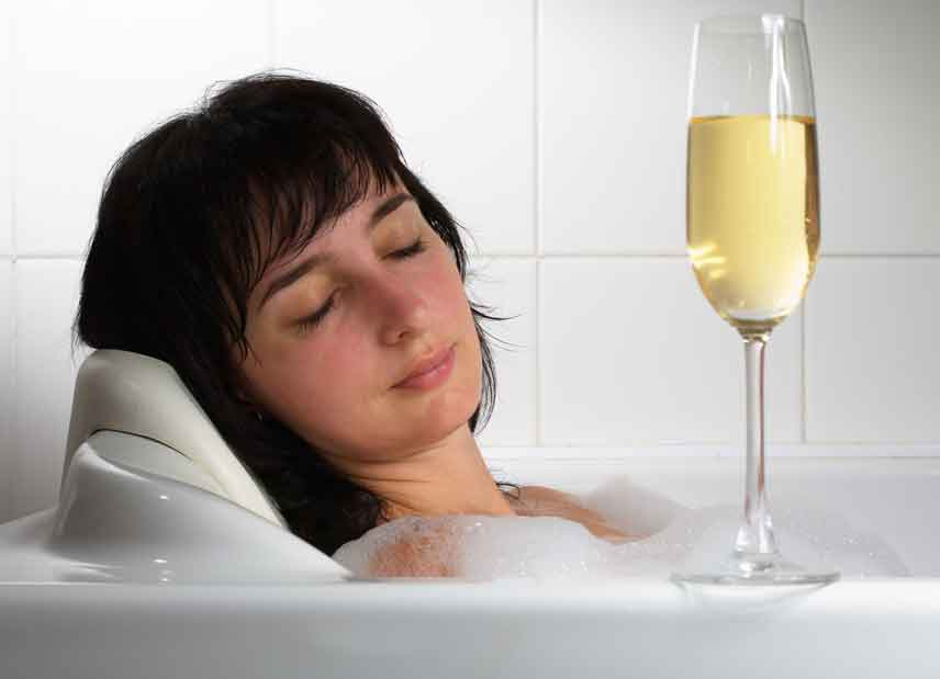 """Featured image for """"How Alcohol Affects Your Sleep"""""""